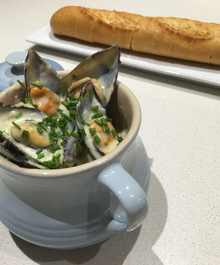 garlic mussel pot the fish